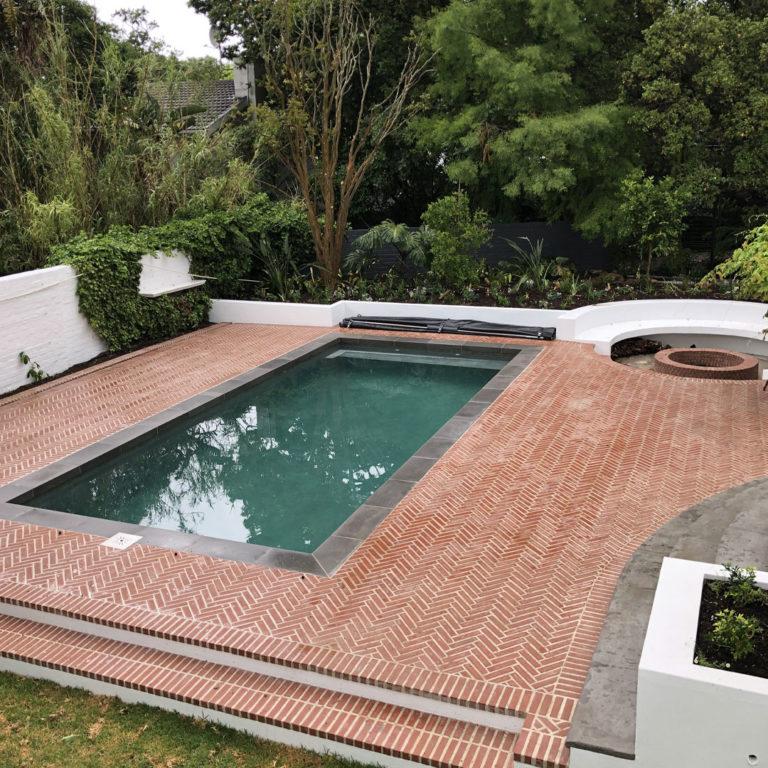herringbone pool paving